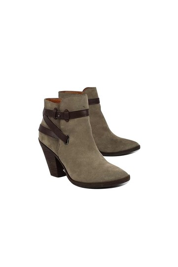 Preload https://img-static.tradesy.com/item/23174123/dolce-vita-bootsbooties-size-us-85-regular-m-b-0-0-540-540.jpg