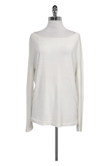 Preload https://item1.tradesy.com/images/cream-sweaterpullover-size-8-m-23174180-0-0.jpg?width=400&height=650