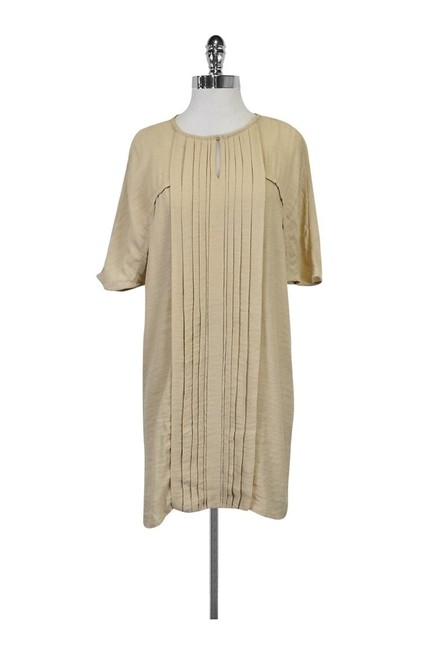 Preload https://img-static.tradesy.com/item/23174408/massimo-dutti-tan-tee-shirt-size-0-xs-0-0-650-650.jpg