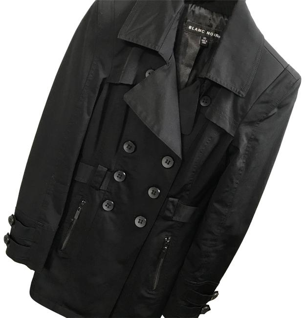 Preload https://item2.tradesy.com/images/blanc-noir-black-pea-coat-size-0-xs-23174486-0-1.jpg?width=400&height=650