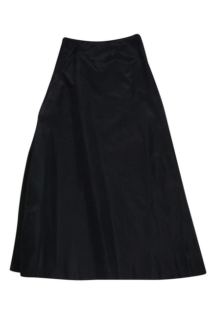 Preload https://img-static.tradesy.com/item/23174487/vera-wang-black-maxi-skirt-size-4-s-0-0-650-650.jpg