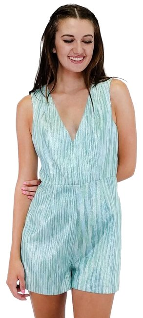 Preload https://item4.tradesy.com/images/ark-and-co-green-romperjumpsuit-size-8-m-23174488-0-1.jpg?width=400&height=650