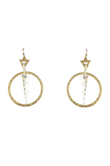 Preload https://img-static.tradesy.com/item/23174528/gold-earrings-0-0-540-540.jpg