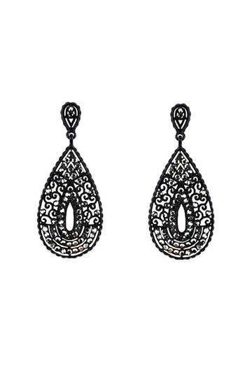 Preload https://img-static.tradesy.com/item/23174556/black-earrings-0-0-540-540.jpg