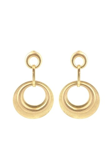Preload https://item4.tradesy.com/images/gold-earrings-23174608-0-0.jpg?width=440&height=440