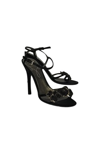 Preload https://img-static.tradesy.com/item/23174650/prada-black-pumps-size-us-60-regular-m-b-0-0-540-540.jpg