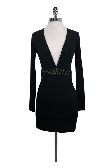 Preload https://item5.tradesy.com/images/marciano-black-short-casual-dress-size-0-xs-23174674-0-0.jpg?width=400&height=650