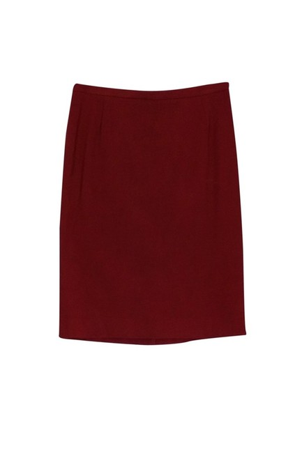 Preload https://img-static.tradesy.com/item/23174677/dolce-and-gabbana-red-knee-length-skirt-size-10-m-0-0-650-650.jpg