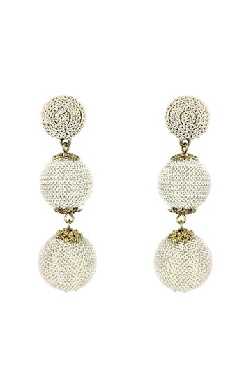 Preload https://img-static.tradesy.com/item/23174695/cream-earrings-0-0-540-540.jpg