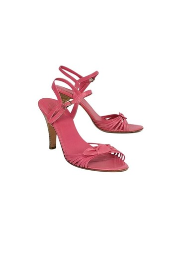 Preload https://item4.tradesy.com/images/coach-pink-pumps-size-us-75-regular-m-b-23174858-0-0.jpg?width=440&height=440
