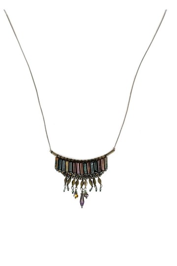 Preload https://item1.tradesy.com/images/brown-boho-green-beaded-necklace-23175020-0-0.jpg?width=440&height=440
