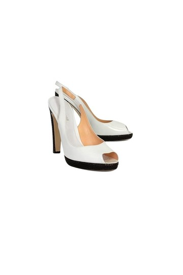 Preload https://item5.tradesy.com/images/sergio-rossi-white-pumps-size-us-100-regular-m-b-23175184-0-0.jpg?width=440&height=440
