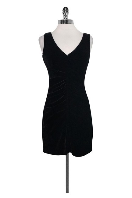 Preload https://item4.tradesy.com/images/theory-black-short-casual-dress-size-0-xs-23175203-0-0.jpg?width=400&height=650