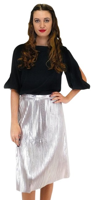 Preload https://item4.tradesy.com/images/ark-and-co-silver-knee-length-skirt-size-4-s-23175288-0-1.jpg?width=400&height=650