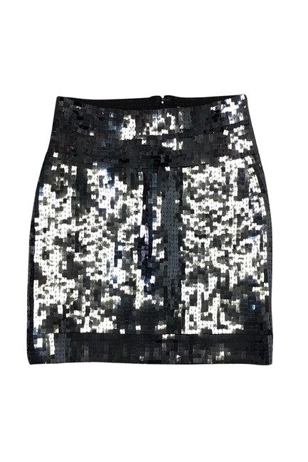 Preload https://img-static.tradesy.com/item/23175385/herve-leger-knee-length-skirt-size-4-s-0-0-650-650.jpg