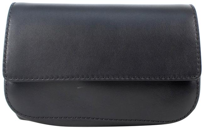 Item - Small Fanny Pack Black Leather Weekend/Travel Bag