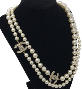 Chanel Chanel Pearl crystal necklace Brand New