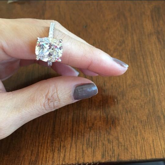 Other 8 carat size 9 Ring Image 2
