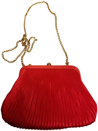 Preload https://img-static.tradesy.com/item/23178691/pleats-red-orange-sateen-wristlet-0-1-540-540.jpg