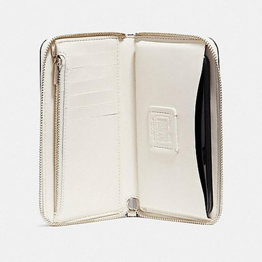 Coach COACH PHONE WALLET WITH CAMPBELL'S MOTIF (COACH F26053) Image 4