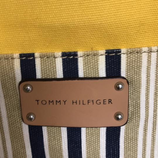 Tommy Hilfiger Satchel in yellow, tan Image 5