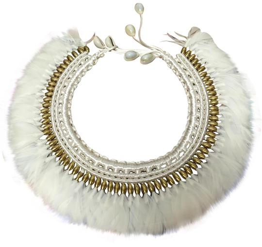 Preload https://img-static.tradesy.com/item/23180324/tribal-feather-necklace-0-1-540-540.jpg