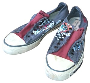 c597b58f3c27 Ed Hardy Sneakers - Up to 90% off at Tradesy