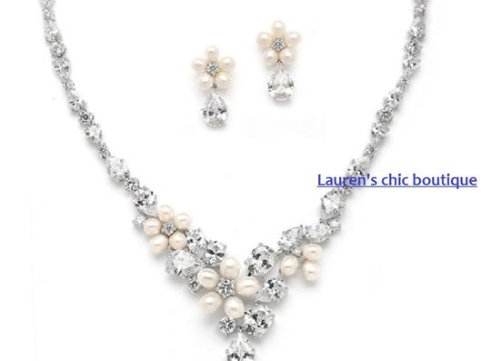Freshwater Pearl Necklace Earrings Jewelry Set Image 1