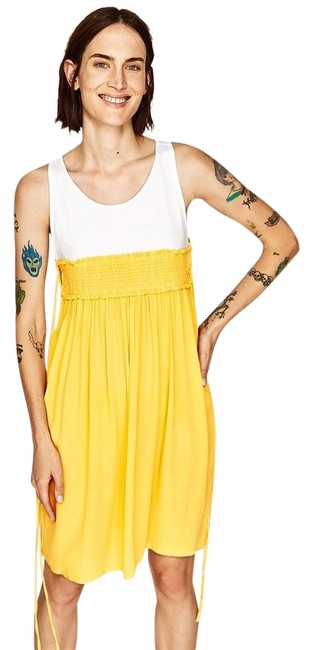 Preload https://img-static.tradesy.com/item/23180479/zara-yellow-sleeveless-two-tone-contrasting-new-mid-length-short-casual-dress-size-8-m-0-1-650-650.jpg
