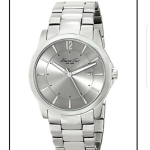 Kenneth Cole Kenneth Cole NY Men's Iconic Bracelet Watch -- KC3915: Urban Classic