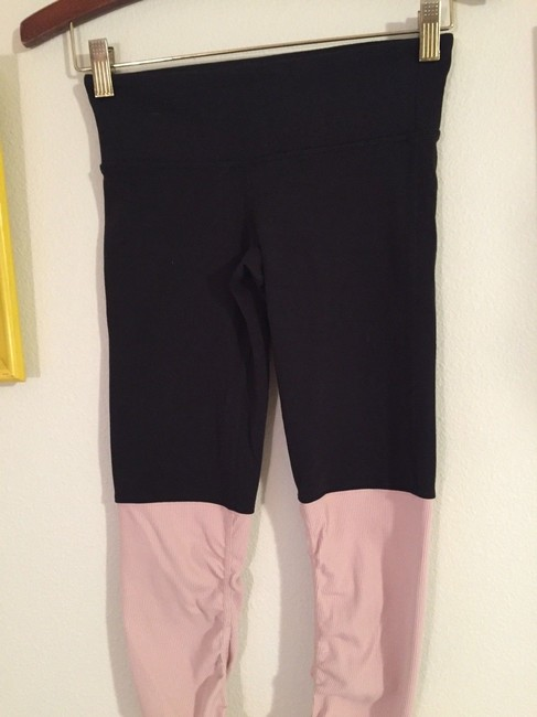 Alo Goddess Ribbed Leggings Black over Rose Water Image 5