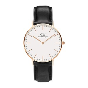 Daniel Wellington Daniel Wellington Classic Gold Watch with Black Leather Strap