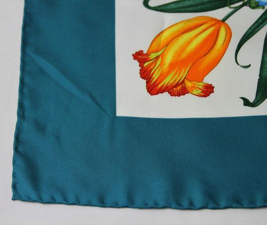Gucci Gucci Large Silk Scarf Floral Scarf with Green Trim 022796 4409 Image 3