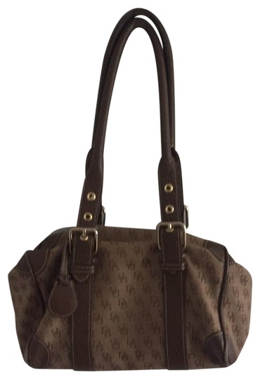 Preload https://img-static.tradesy.com/item/23181227/dooney-and-bourke-logo-brown-leather-and-fabric-shoulder-bag-0-1-540-540.jpg