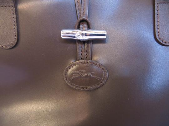 Longchamp Leather Domed Snap Pocket Satchel in Taupe / Brown Image 2