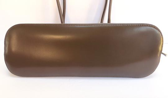 Longchamp Leather Domed Snap Pocket Satchel in Taupe / Brown Image 4