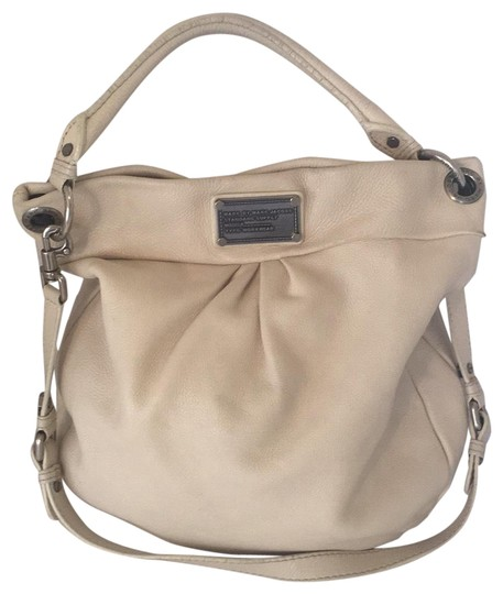Preload https://img-static.tradesy.com/item/23181314/marc-by-marc-jacobs-convertible-hobo-cream-leather-shoulder-bag-0-1-540-540.jpg