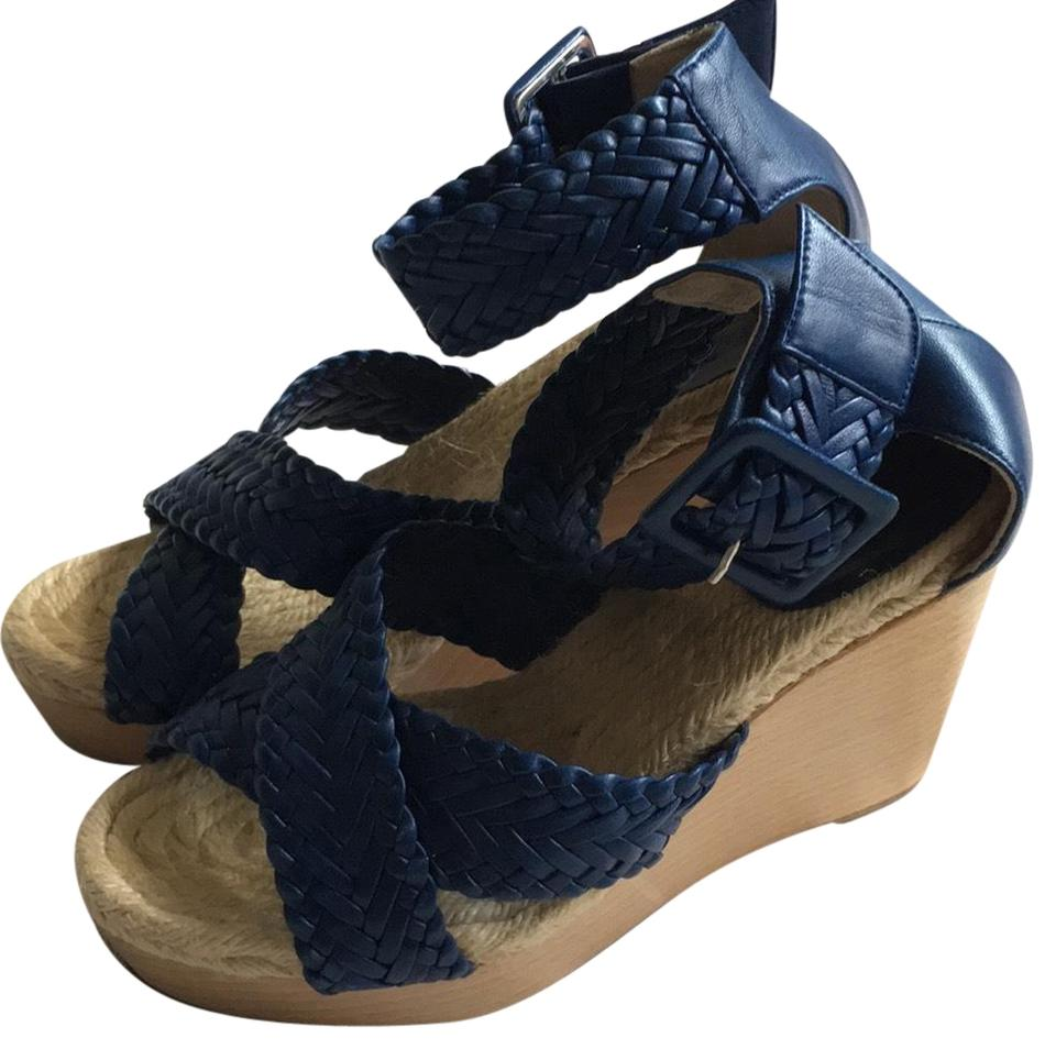 2646f85eb212 Hermès Blue Córdoba Sandals Size EU 36 (Approx. US 6) Regular (M