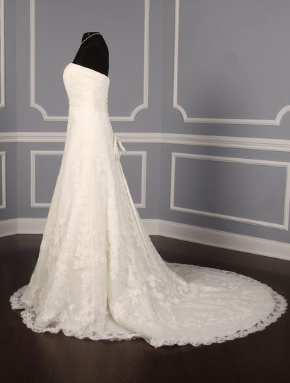 Pronovias Diamond White (Off White) Lace and Dotted Swiss Tulle Udine Formal Wedding Dress Size 10 (M) Image 4