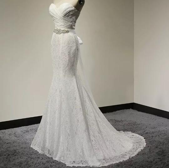 White Lace Sweetheart Formal Wedding Dress Size 6 (S) Image 1