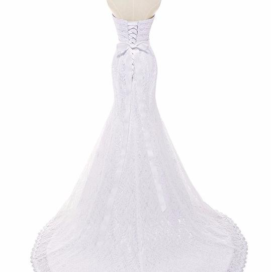 White Lace Sweetheart Formal Wedding Dress Size 6 (S) Image 4
