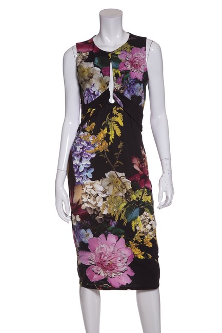 Preload https://img-static.tradesy.com/item/23181824/roberto-cavalli-multicolor-floral-print-stretch-knit-short-casual-dress-size-10-m-0-0-650-650.jpg