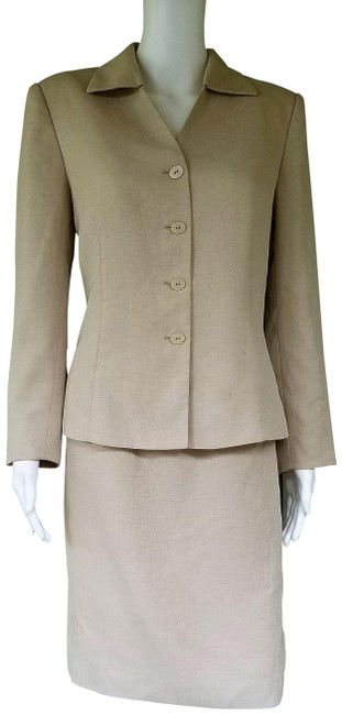 Item - Beige For Dillard's Career Skirt Suit Size 8 (M)