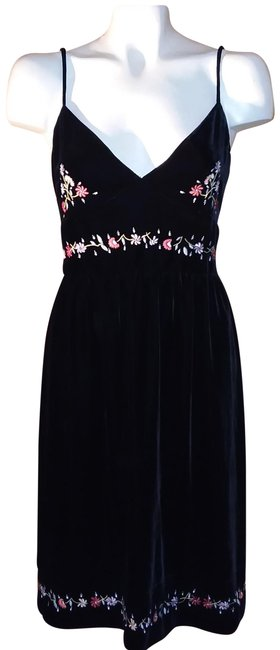 Preload https://img-static.tradesy.com/item/23182183/dkny-black-multi-velvet-slip-w-embroidery-mid-length-night-out-dress-size-12-l-0-1-650-650.jpg