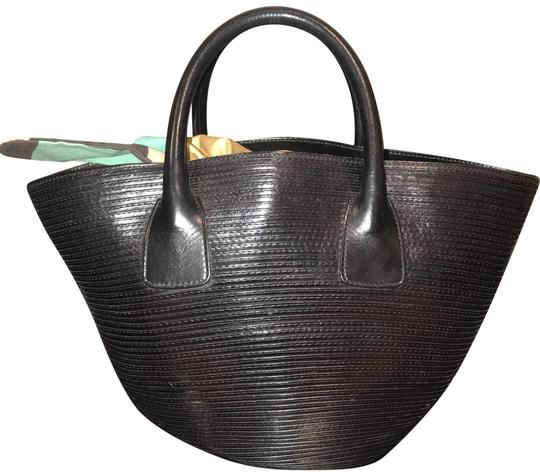Preload https://img-static.tradesy.com/item/23182722/bally-black-tote-0-1-540-540.jpg