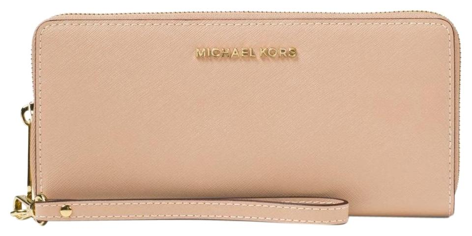 5e279e9eaa94 Michael Kors Michael Kors Jet Set Travel Oyster Saffiano Leather  Continental Wallet Image 0 ...