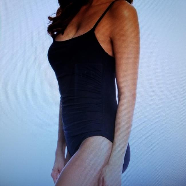 Anne Cole Signature Anne Cole Classic Black Ruched One Piece Swimsuit S(6) Image 1
