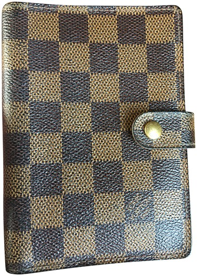 Preload https://img-static.tradesy.com/item/23184719/louis-vuitton-brown-damier-pm-agenda-wallet-0-1-540-540.jpg