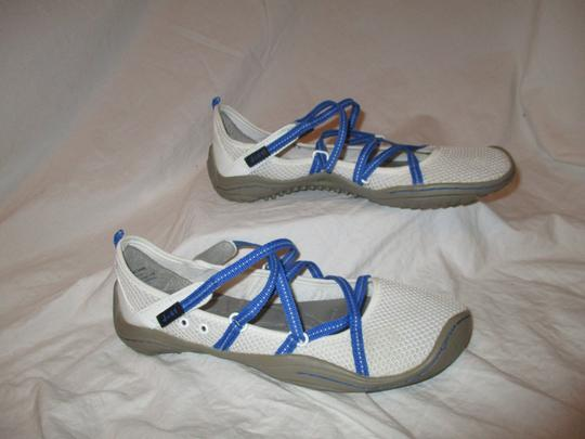 J-41 Barefoot Mesh Light Weight white & blue Athletic Image 3