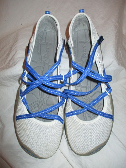 J-41 Barefoot Mesh Light Weight white & blue Athletic Image 4